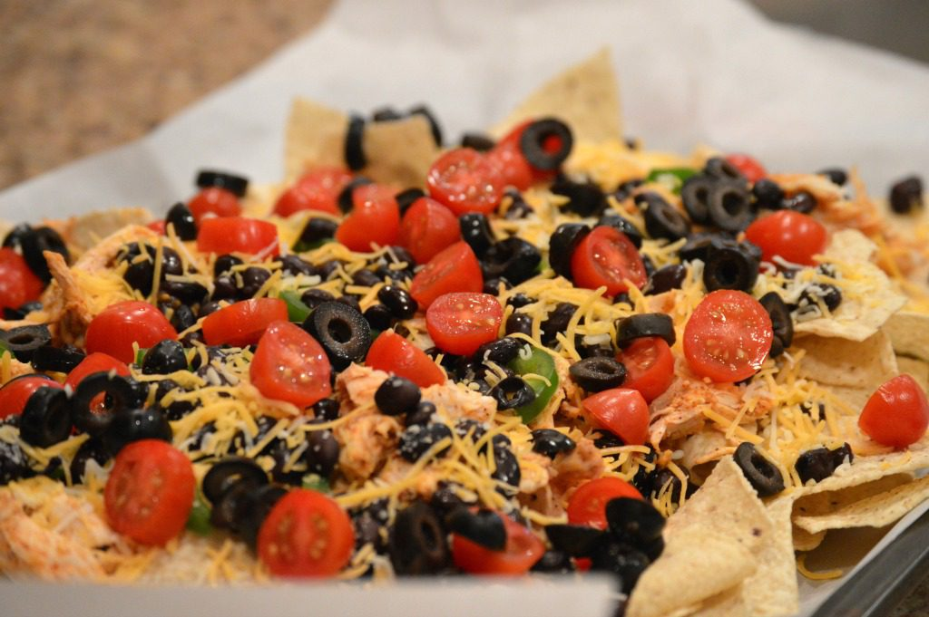 http://myfamilythyme.com/wp-content/uploads/2017/01/nachos-ready-for-oven.jpg