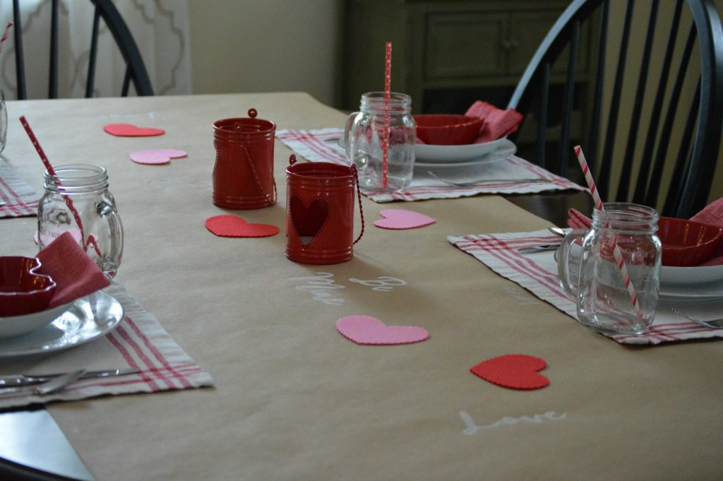 http://myfamilythyme.com/wp-content/uploads/2017/02/Valentines-table-view-3.jpg