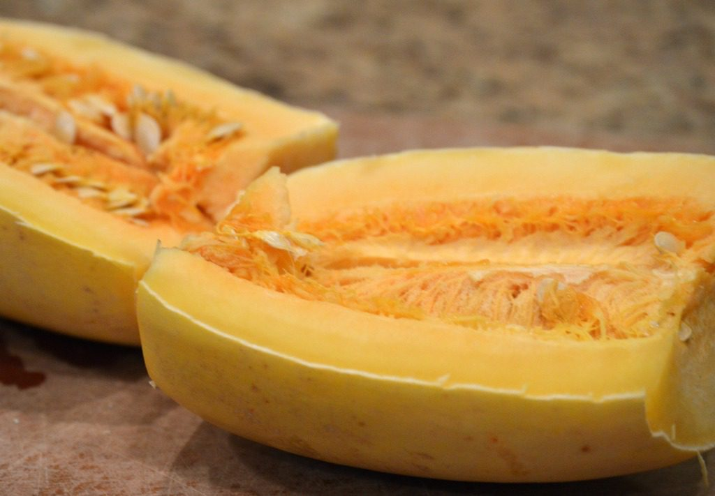 http://myfamilythyme.com/wp-content/uploads/2017/03/spaghetti-squash-2.jpg
