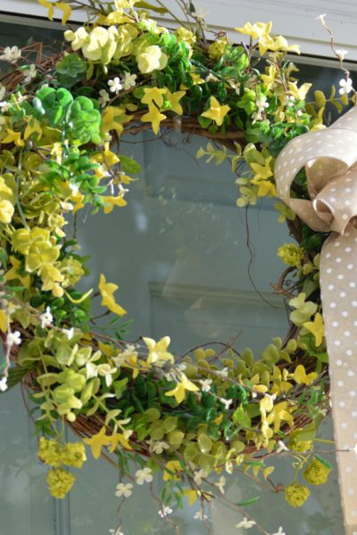 DIY:  How to Make a Springtime Wreath
