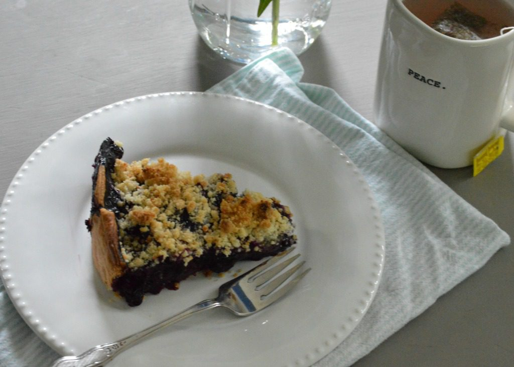 http://myfamilythyme.com/wp-content/uploads/2017/07/slice-of-blueberry-pie.jpg