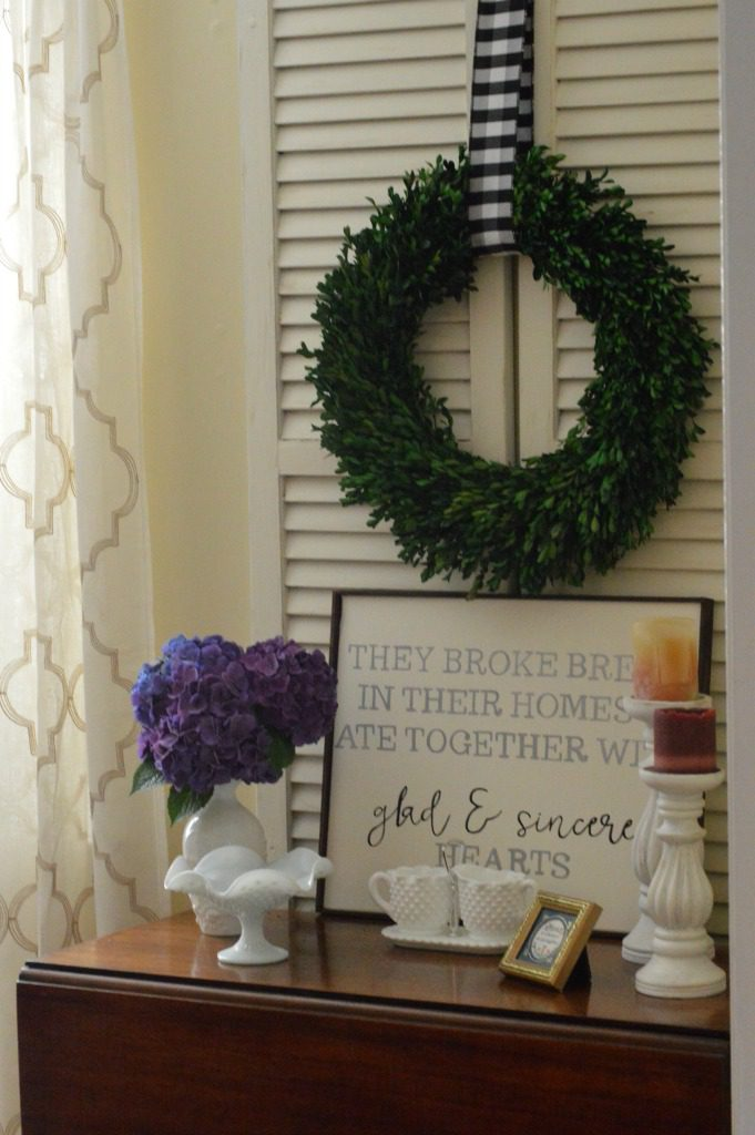 http://myfamilythyme.com/wp-content/uploads/2017/08/diy-sign-dining-room.jpg