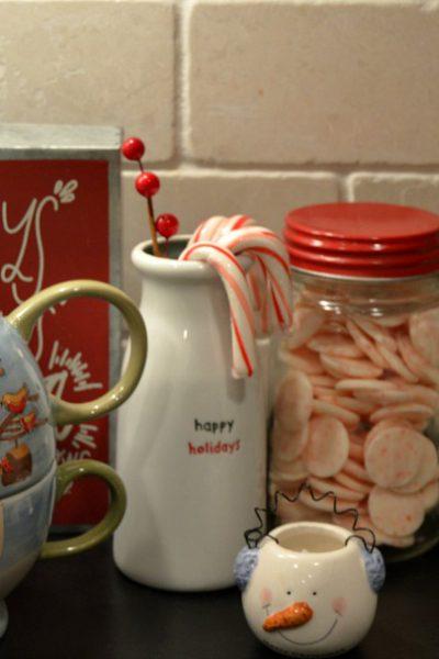 How to Create a Hot Chocolate Bar