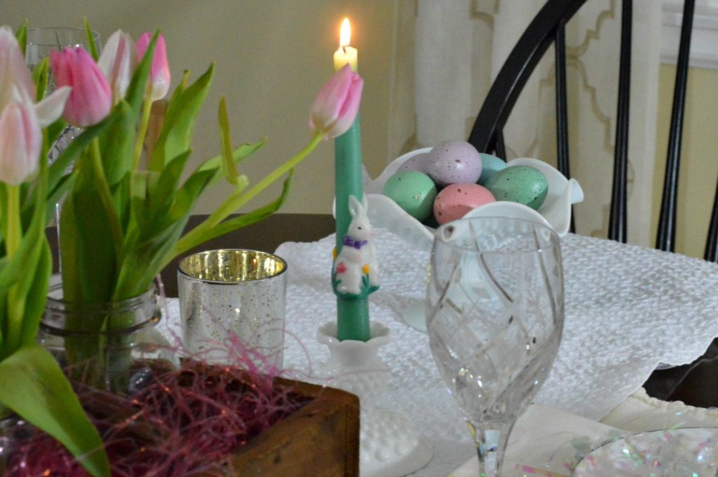 https://myfamilythyme.com/wp-content/uploads/2018/03/setting-a-simple-Easter-Table-4.jpg