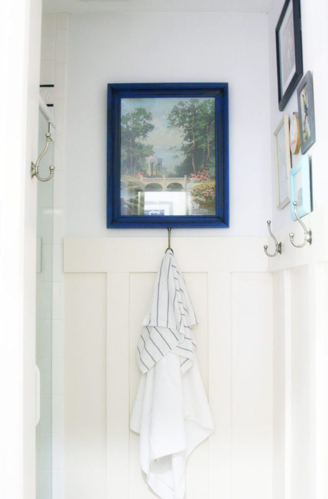 https://craftivitydesigns.com/navy-and-white-bathroom-renovation/
