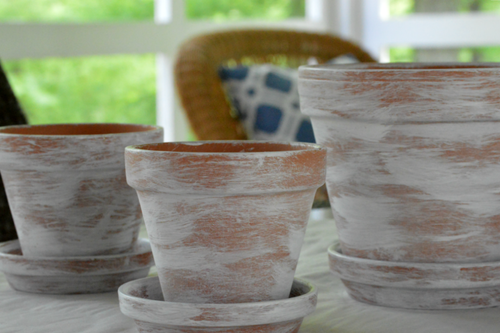 https://myfamilythyme.com/wp-content/uploads/2018/07/dry-brush-painted-flower-pots-4.png