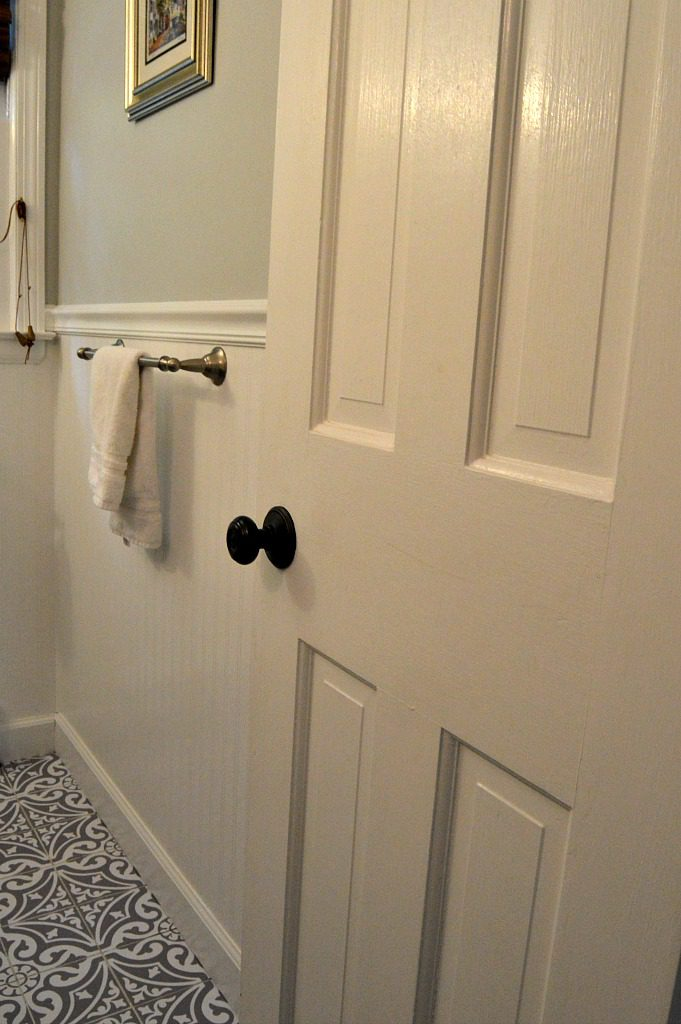 https://myfamilythyme.com/wp-content/uploads/2018/08/bathroom-refresh-with-beadboard.jpg