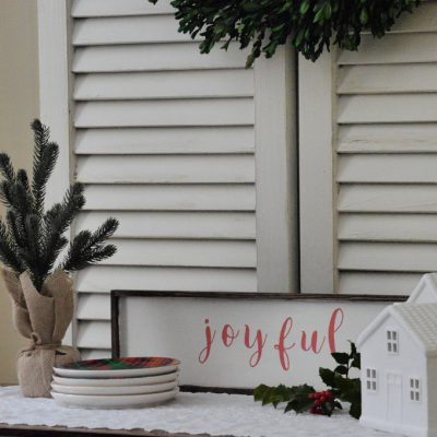 https://myfamilythyme.com/wp-content/uploads/2018/11/DIY-painted-sign1.jpg
