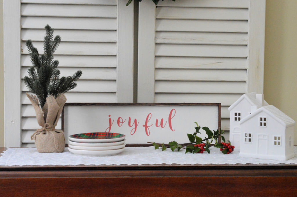 https://myfamilythyme.com/wp-content/uploads/2018/11/diy-painted-sign2.jpg