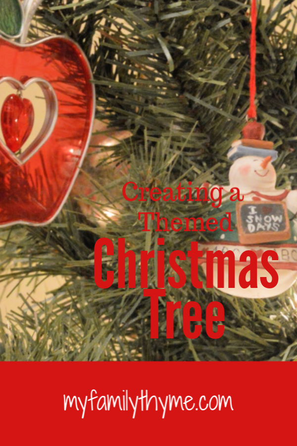 https://myfamilythyme.com/wp-content/uploads/2018/12/Themed-Christmas-Tree-pin.png