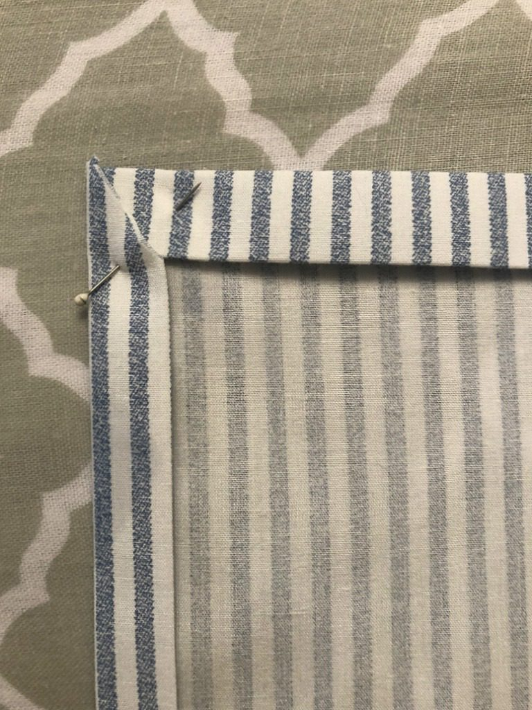 https://myfamilythyme.com/wp-content/uploads/2019/03/diy-cloth-napkins-4.jpg