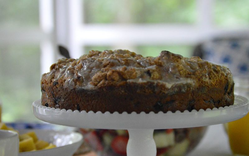 https://myfamilythyme.com/wp-content/uploads/2019/06/blueberry-muffin-cake-2.jpg