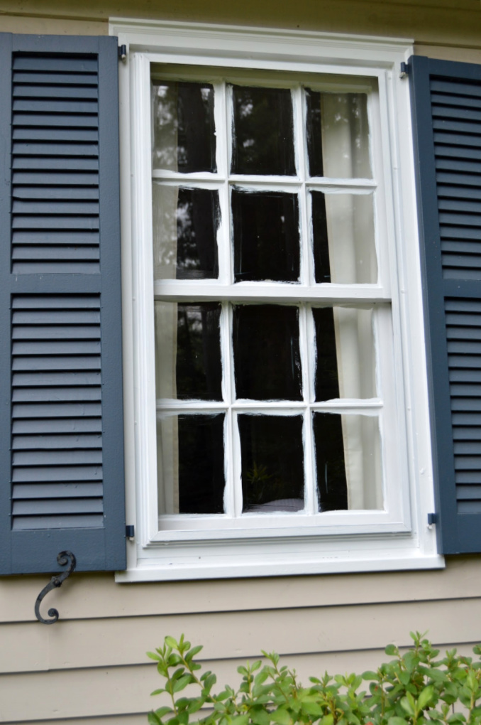 https://myfamilythyme.com/wp-content/uploads/2019/08/exterior-window-in-process.jpg