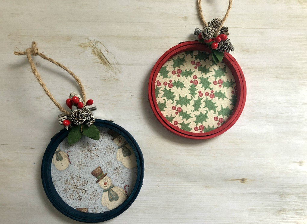 https://myfamilythyme.com/wp-content/uploads/2019/11/hoop-ornament-flatlay.jpg