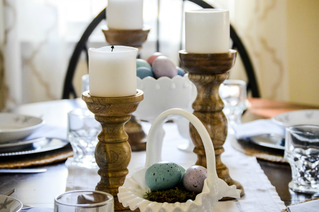 https://myfamilythyme.com/wp-content/uploads/2020/03/Easter-Table-1.jpg