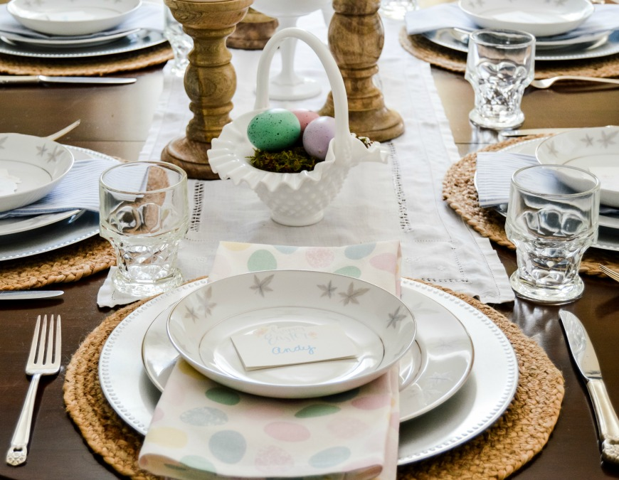https://myfamilythyme.com/wp-content/uploads/2020/03/Easter-table-5.jpg
