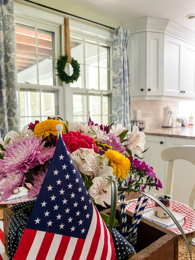 https://myfamilythyme.com/wp-content/uploads/2020/06/Festive-Fourth-of-July-breakfast-table-2.jpg