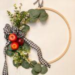 DIY Apple Embroidery Hoop Wreath