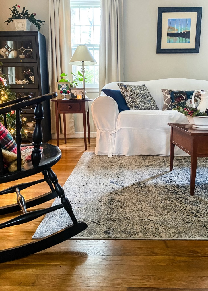 https://myfamilythyme.com/wp-content/uploads/2020/11/Christmas-home-living-room-5.jpg