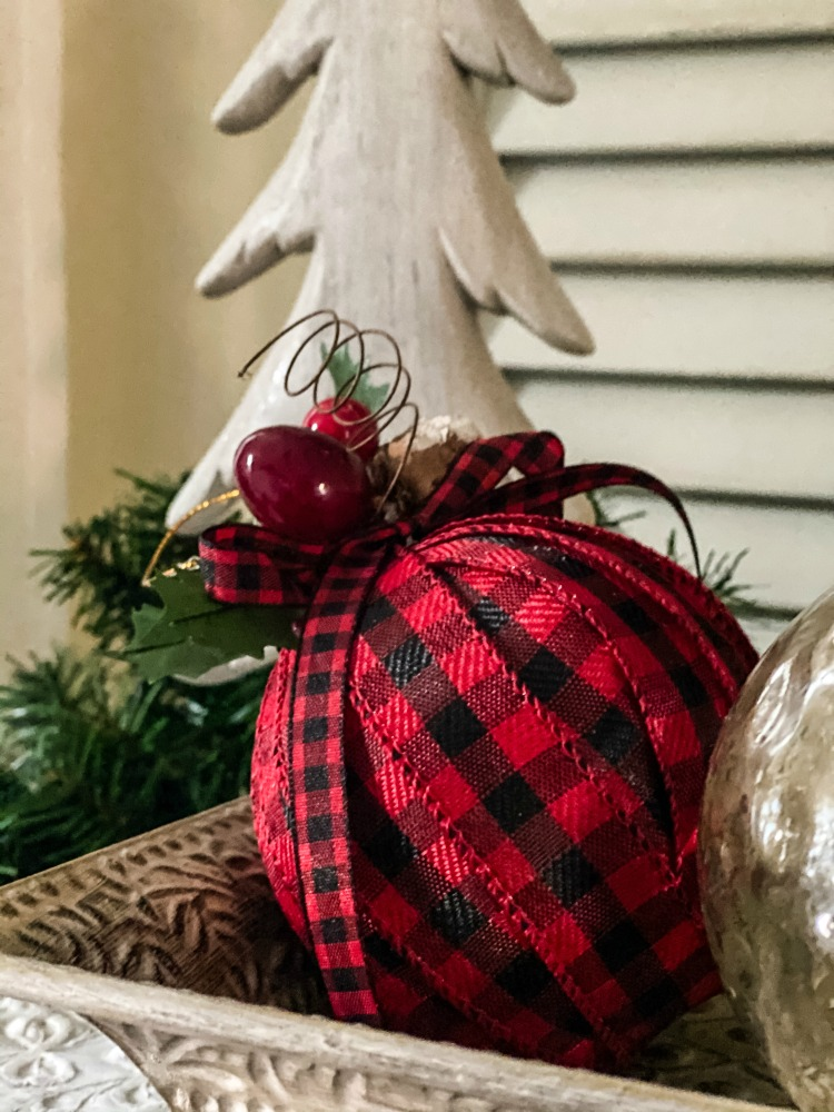 https://myfamilythyme.com/wp-content/uploads/2020/11/ribbon-wrapped-Christmas-ornament-1.jpg