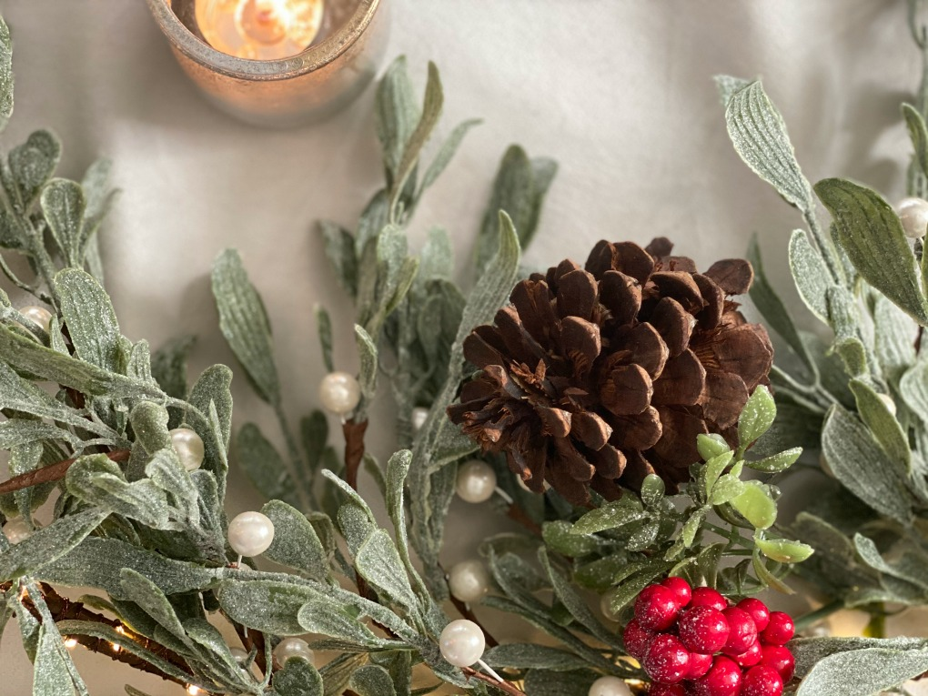 https://myfamilythyme.com/wp-content/uploads/2020/12/frosted-garland.jpg